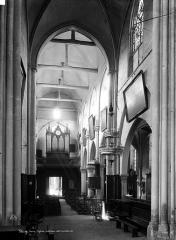 Eglise Saint-Germain - Nef, vue du choeur