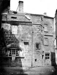 Maison dite Ancien hôpital ou Maison Tournardre - Façade sur rue