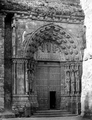 Eglise Notre-Dame - Petite porte