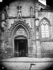 Eglise Saint-Aspais - Portail ouest