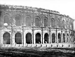 Amphithéatre ou Arènes - Vue extérieure (partie droite du panorama)