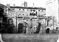 Porte d'Arles dite d'Auguste - Vue d'ensemble