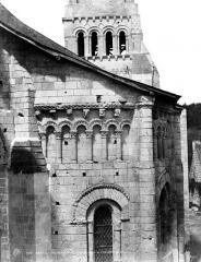 Eglise Notre-Dame de Cunault - Abside et clocher, côté sud