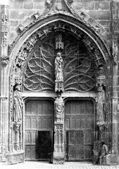 Eglise Saint-Rémi - Portail du transept sud