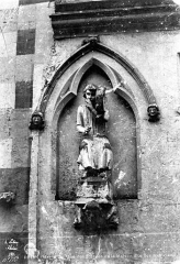 Maison dite des Ménétriers ou des Musiciens - Statue du flûtiste (supposé)