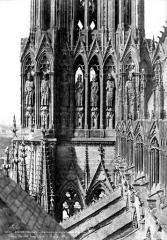 Cathédrale Notre-Dame - Tour sud : partie haute