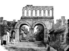 Porte d'Arroux - Vue d'ensemble