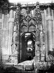 Cathédrale Sainte-Cécile - Porche de la façade sud