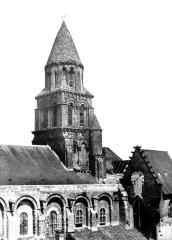 Eglise Notre-Dame-la-Grande - Clocher côté sud