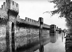 Remparts et leurs abords - Vue extra-muros, côté sud