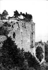 Château du Haut-Koenigsbourg (ou Hohenkoenigsbourg) - Murs d'enceinte