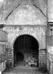 Collégiale Saint-Martin - Portail ouest