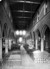 Eglise Notre-Dame-de-la-Couture - Nef, vue de l'entrée