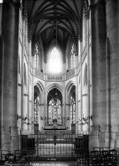Eglise Saint-Gervais-Saint-Protais - Nef, choeur