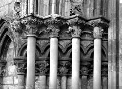 Eglise - Portail ouest, détail