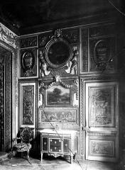 Hôtel de Lauzun ou Hôtel de Pimodan - Chambre à coucher, panneau