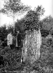 Menhir de Saint-Civière -