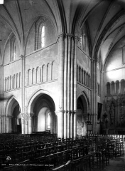 Eglise Saint-Pierre - Transept nord