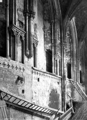 Ancienne abbaye Sainte-Marie - Eglise, nef, galerie du triforium