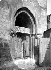 Ancienne église Notre-Dame dite église Saint-Genest - Portail sud