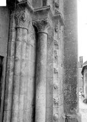 Eglise - Porte nord, côté droit