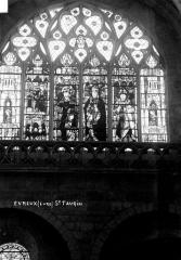 Ancienne abbaye Saint-Taurin - Vitrail