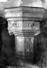 Ancienne abbaye Saint-Taurin - Fonts