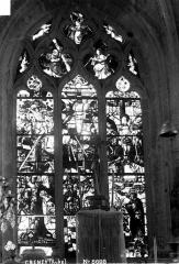 Eglise - Vitrail du choeur, baie centrale