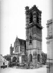 Eglise Saint-Martin (ancienne collégiale) - Ensemble ouest