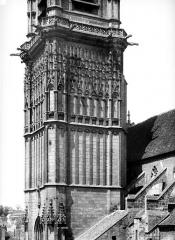 Eglise Saint-Martin (ancienne collégiale) - Clocher, partie