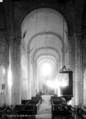 Eglise Saint-Blaise - Nef, vue du choeur