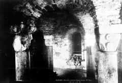 Ancienne abbatiale Saint-Pierre de Flavigny - Crypte