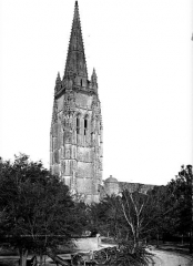 Eglise Saint-Pierre - Clocher