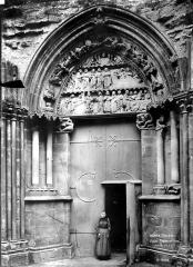 Eglise (collégiale) Notre-Dame - Portail du transept nord