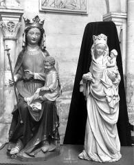 Eglise - Statues