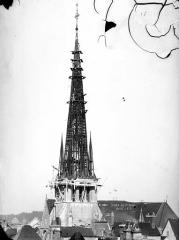 Eglise Saint-Rémy - Clocher, charpente