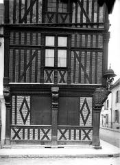 Maison en pans de bois du 16s - Détail