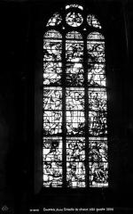 Eglise Saint-Loup - Vitrail du choeur