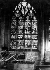 Eglise de la Madeleine et ancien cimetière - Vitrail, Vie du Christ