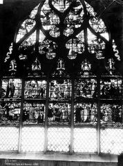 Eglise de la Madeleine et ancien cimetière - Vitrail, Scènes de la Passion