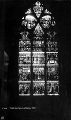 Eglise de la Madeleine et ancien cimetière - Vitrail, Vie de saint Louis