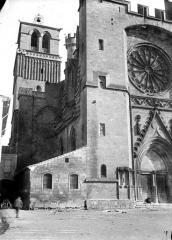 Ancienne cathédrale Saint-Nazaire et cloître Saint-Nazaire - Angle nord-ouest