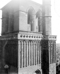 Ancienne cathédrale Saint-Nazaire et cloître Saint-Nazaire - Clocher, partie supérieure