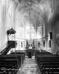 Eglise Saint-Phal d'Avirey - Nef, vue de l'entrée