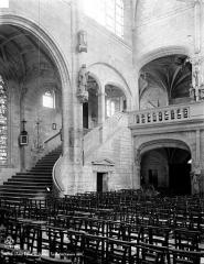 Eglise Saint-Nicolas - Escalier du calvaire