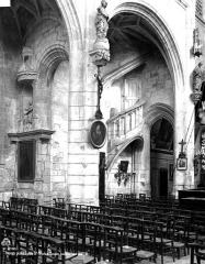Eglise Saint-Nicolas - Escalier, bas-côté nord