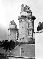 Château - Grosses tours