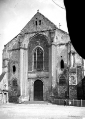 Eglise et chapelle - Façade ouest