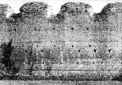 Ruines romaines des Mazelles - Monument gallo-romain : Détail de l'appareil du mur