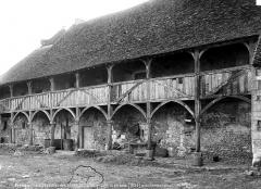 Ancienne abbaye de Cornilly - Galerie en bois